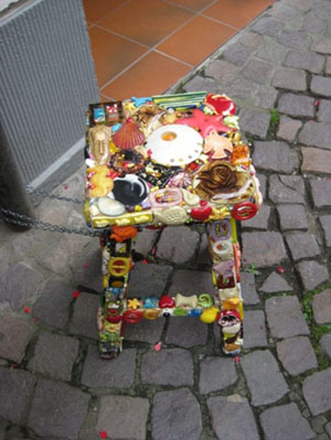 A piece of fun art in Heidelberg Square